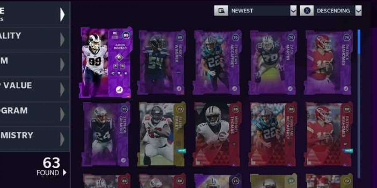 Michael Vick and Randy Moss cards were released in Madden 21 Ultimate Team