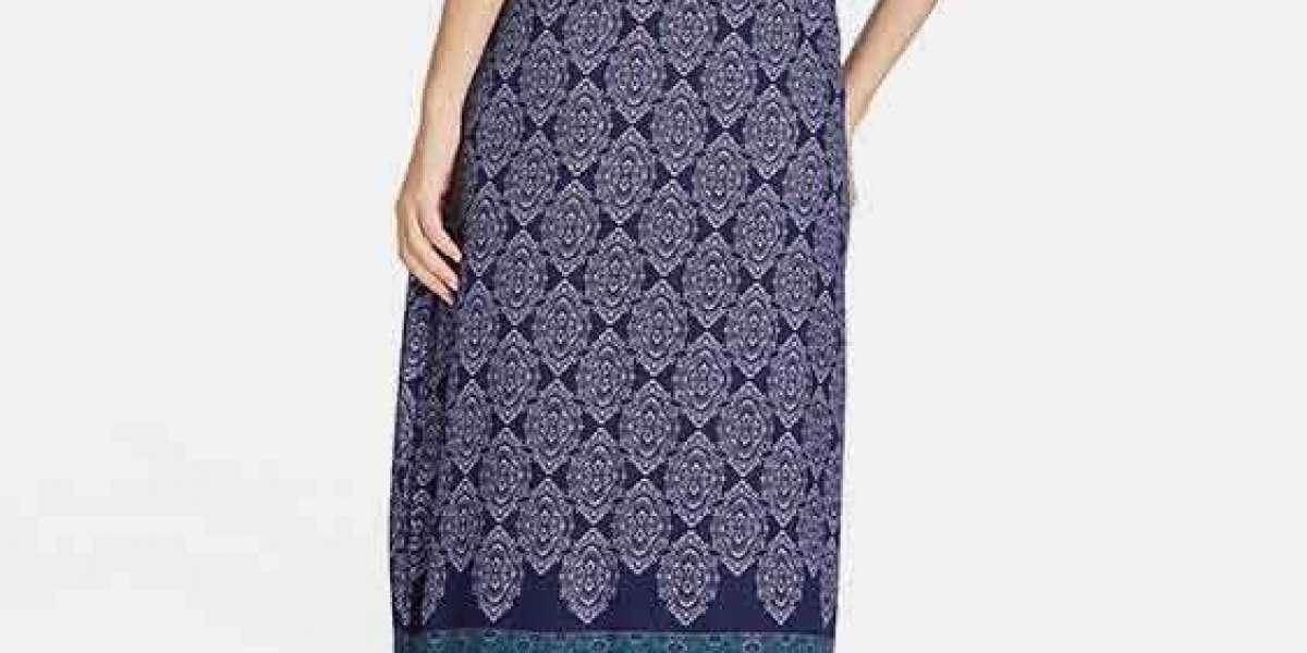 Round Neck Plain Criss-Cross Long Sleeve Black Plus Size Tops